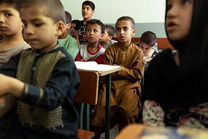 В Афганистане рассказали об умерших от голода детях