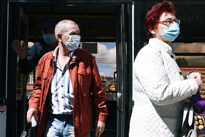 Водителям автобусов в российском регионе запретят везти пассажиров без масок