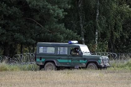 Полиция Германии задержала на границе с Польшей 50 неонацистов с мачете