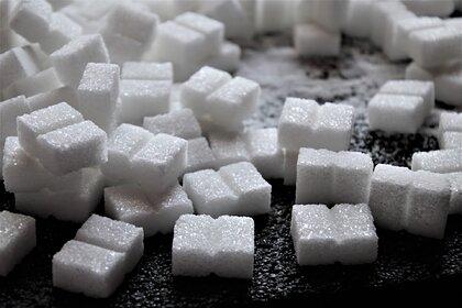 Диетолог оценила вред от полного отказа от сахара