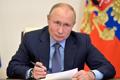 Американцы выразили уважение Путину после его слов о смене пола у детей