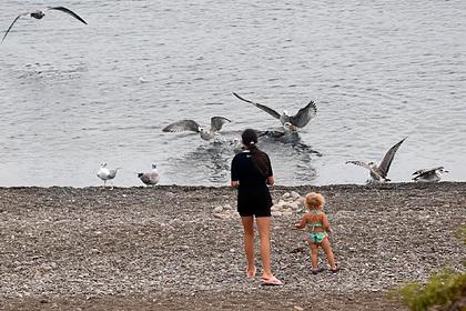 Названы самые опасные страны для отдыха с детьми